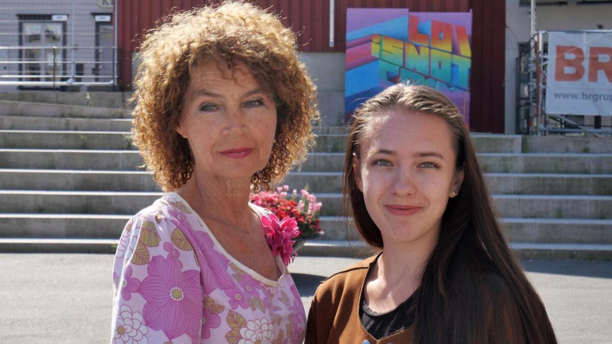 Tunne Torstveit og Elise de Ruiter vil ha med flere for å markere at SIAN og rasisme er uønsket.