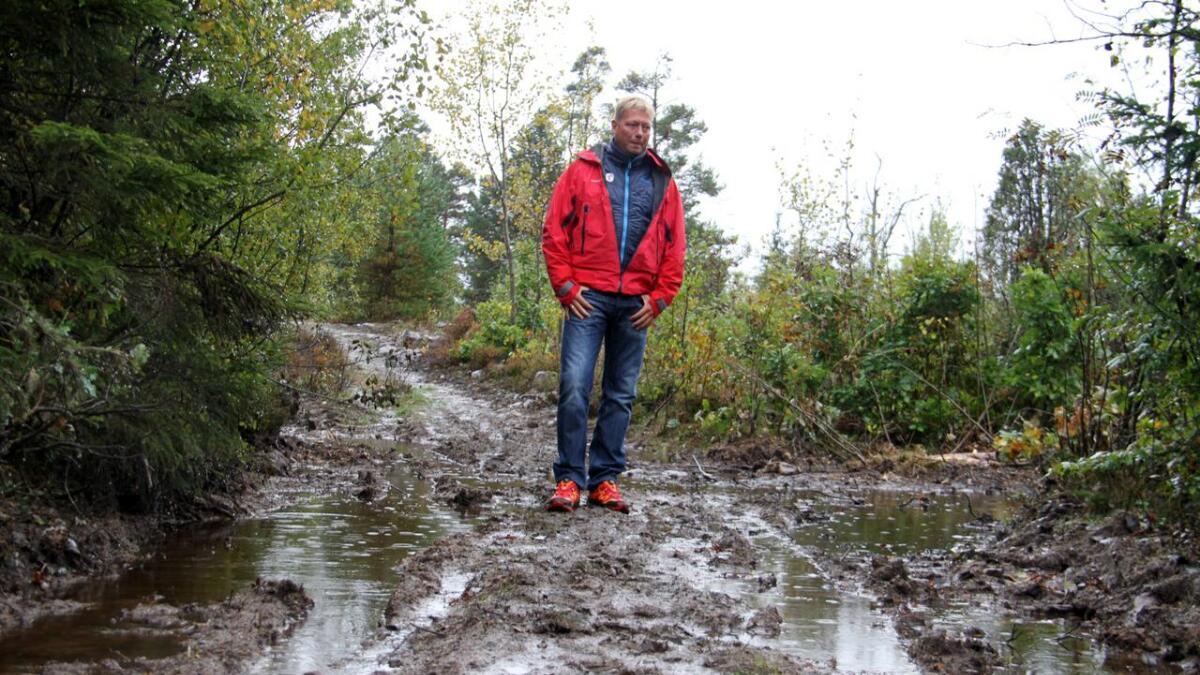 Jon Atle Holmberg, leder av Telemark turistforening, forstår frustrasjonen hos turgåerne, men ber dem smøre seg med tålmodighet.