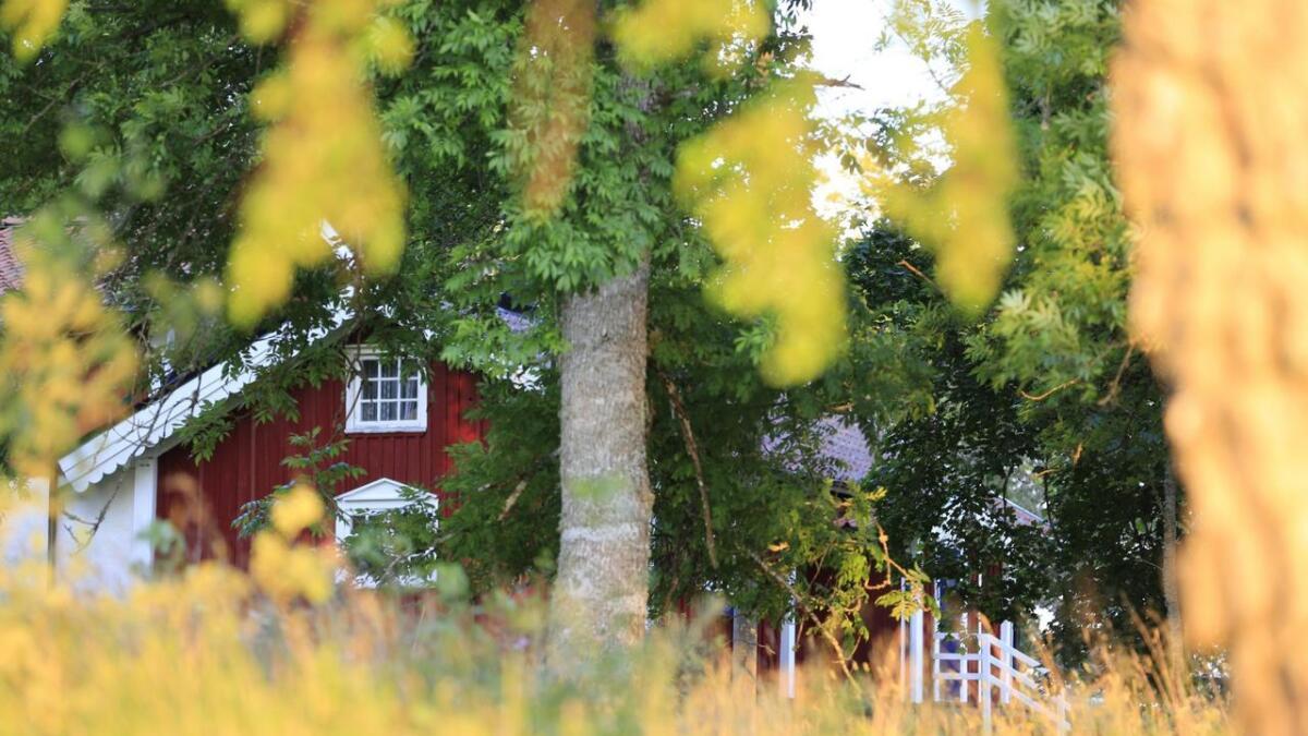 Kommunen har undersøkt påståtte ulovligheter i forbindelse med en fritidsbolig i Hellevik, som det først ble gitt tillatelse til på midten av 90-tallet.ILLUSTRASJON