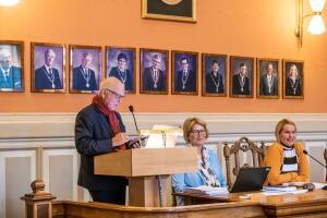 Antall eldre i Skien vil «eksplodere» – slik vil politikerne ruste seg