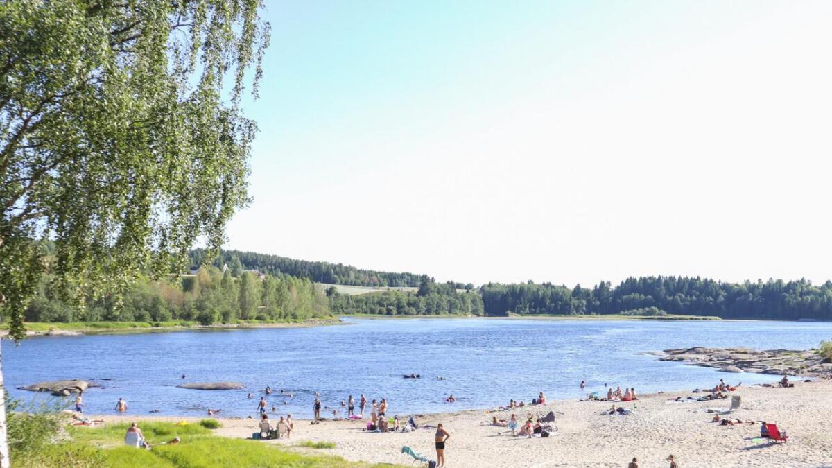 Nylig ble det tatt vannprøver som viser at både Daskerudstranda og Veslesjøen har god vannkvalitet.  Arkiv