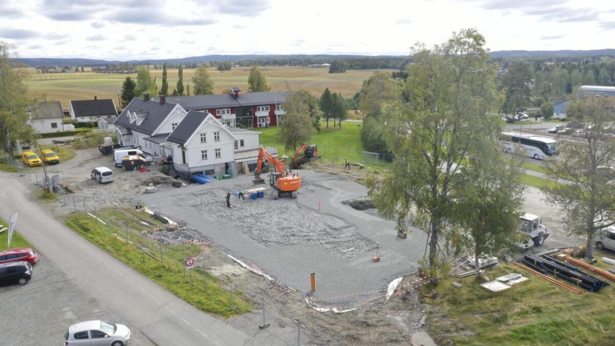 Kiosken på Runni er revet for å gi plass til det nye barnehagebygget, som skal stå klart i løpet av første kvartal neste år.