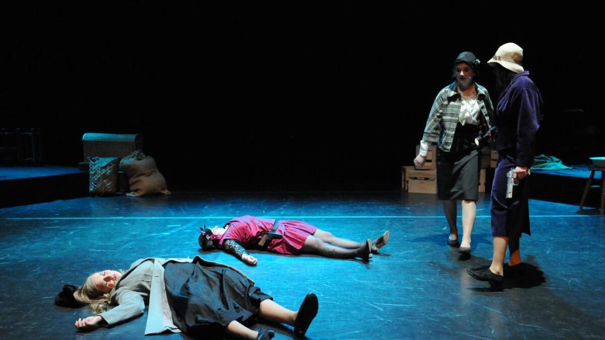 Teaterungdommene i Nes har fått en solid utfordring med Shakespeares Macbeth.