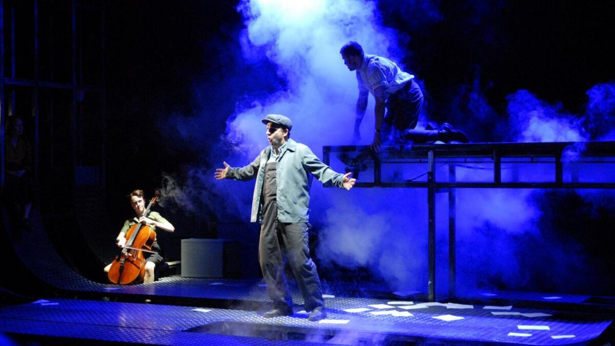 Nordland teaters stykke Narvik hadde mange dramatikse effekter.