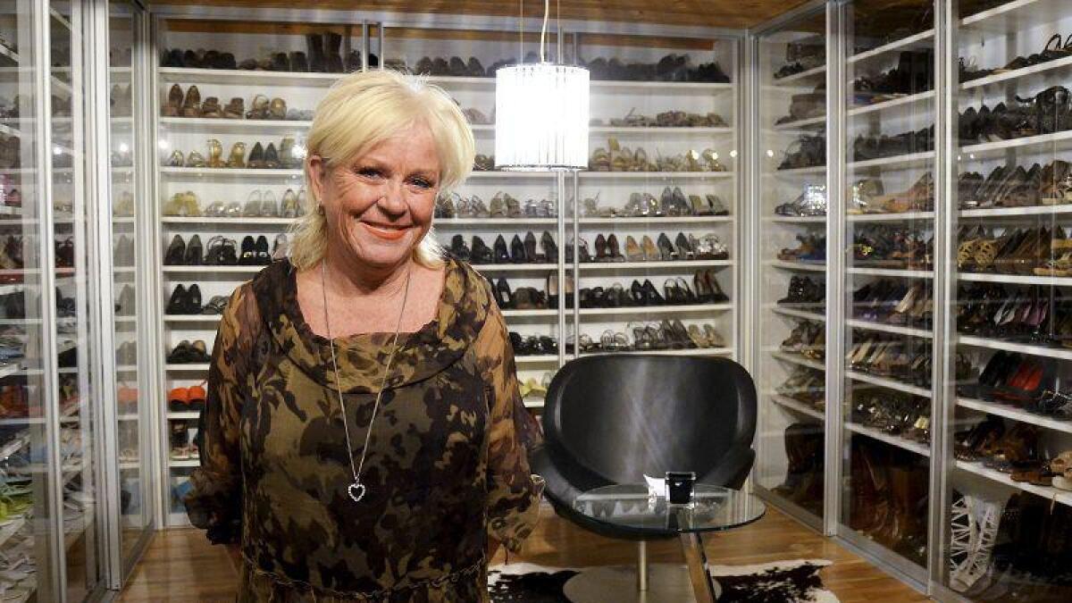 Monica har 600 par sko