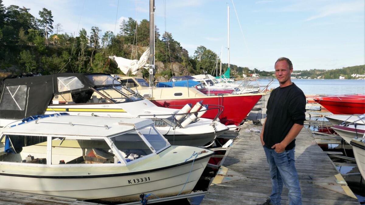 Aust-Agder tingrett mener at det ikke er grunnlag for å frata Rolf Langnes Ellefsen båtførerbeviset.