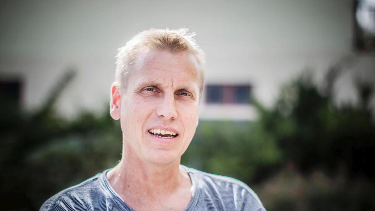 Carsten Hjeltnes (50).