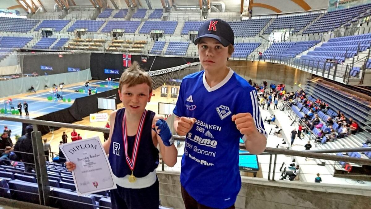 Benjamin Reinertsen tok gull for andre år på rad i landsmesterskapet i boksing. Keano Davidsen Nick kom til semifinalen, men røyk ut etter en hard og jevn kamp.