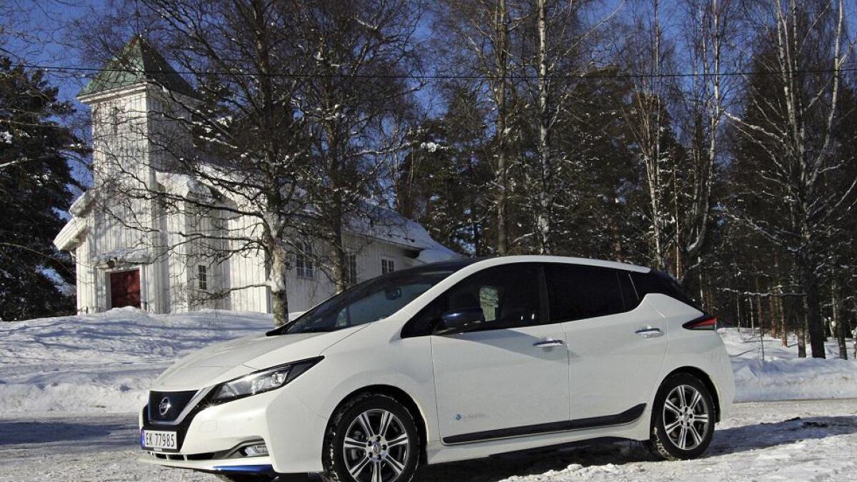 Siden lanseringen i februar har Nissan levert 37.000 Leaf i Europa, rundt 12.000 av disse har havnet i Norge.