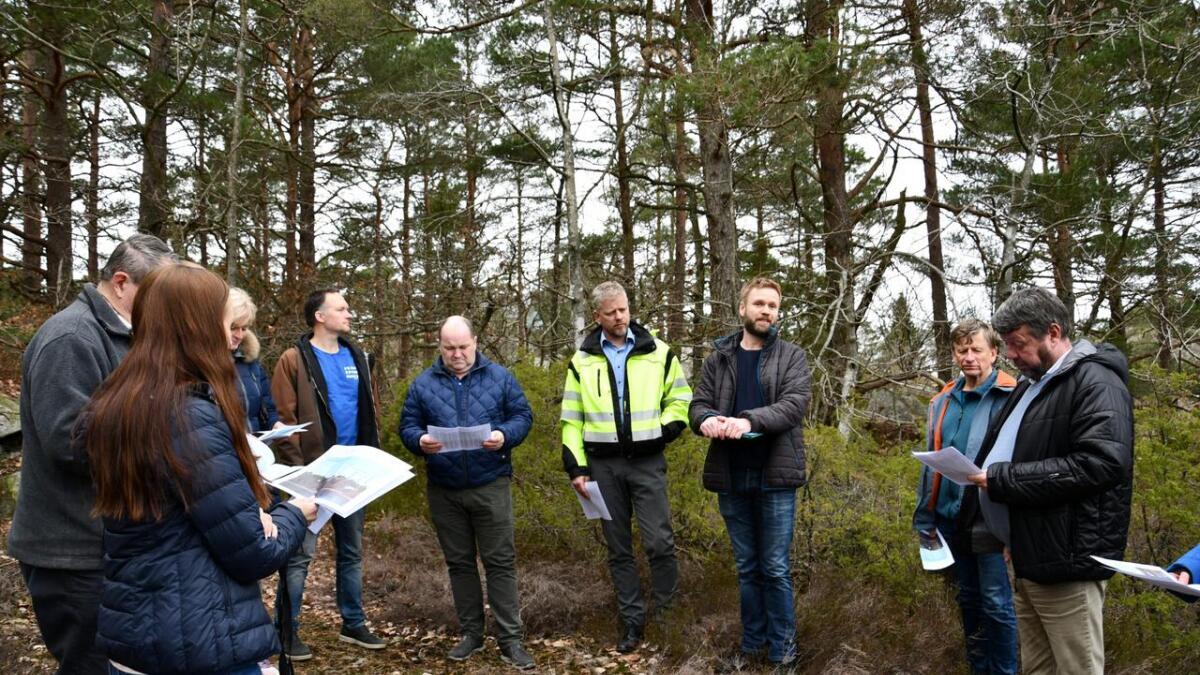 Etter ønske fra Øyvind og Kai Aas-Hansen gjennomførte planutvalget befaring.
