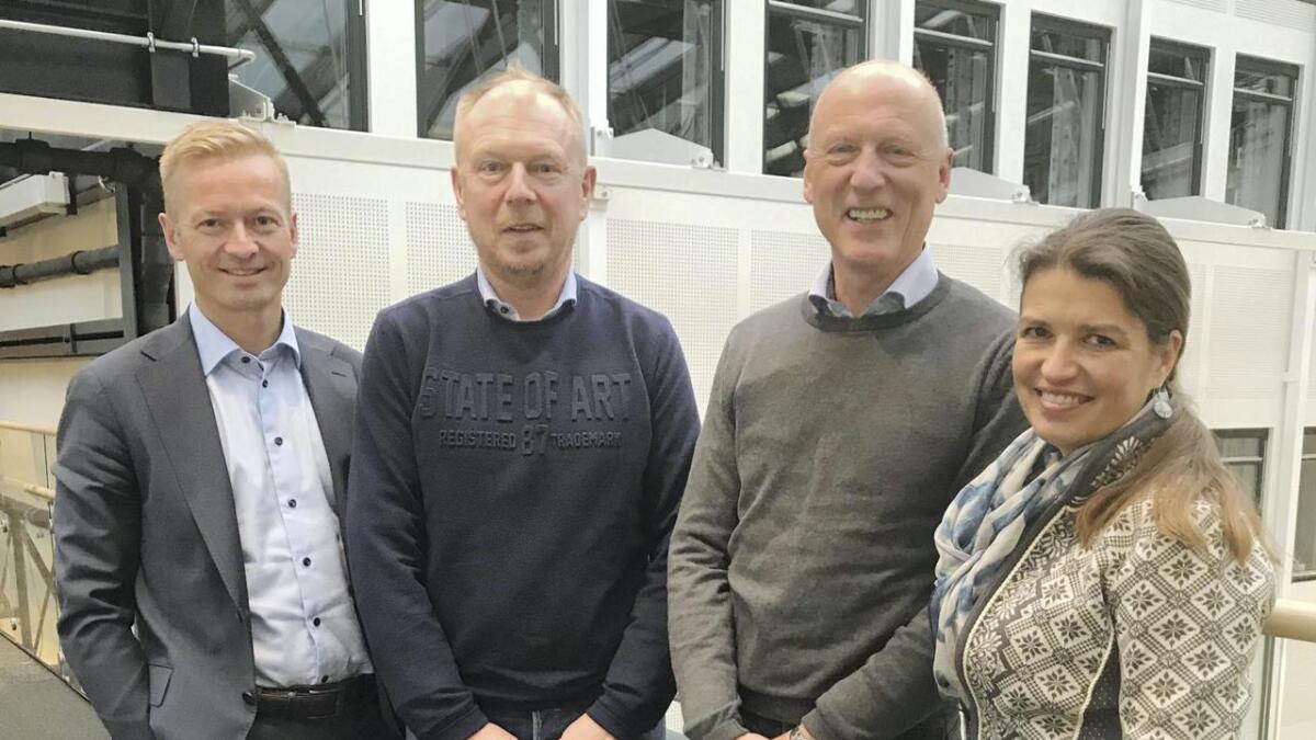 God tone når Lars Solberg og Ståle Vorland frå Bømlo Fiskerihavn AS nyleg møtte høgrestortingspolitikarane Helge Orten, Tom-Christer Nilsen og Liv Kari Eskeland.