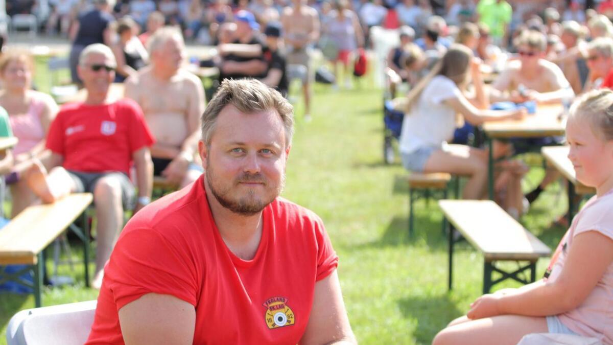 Kai Egil Berntsen fra Froland skal skyte stangfinalen.