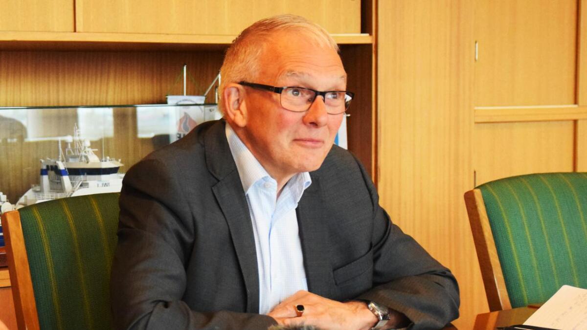 Jonni Solsvik mener at man i den videre forsvarsplanlegginga må ta lærdom av salgene av Olavsvern og Skarsteindalen.