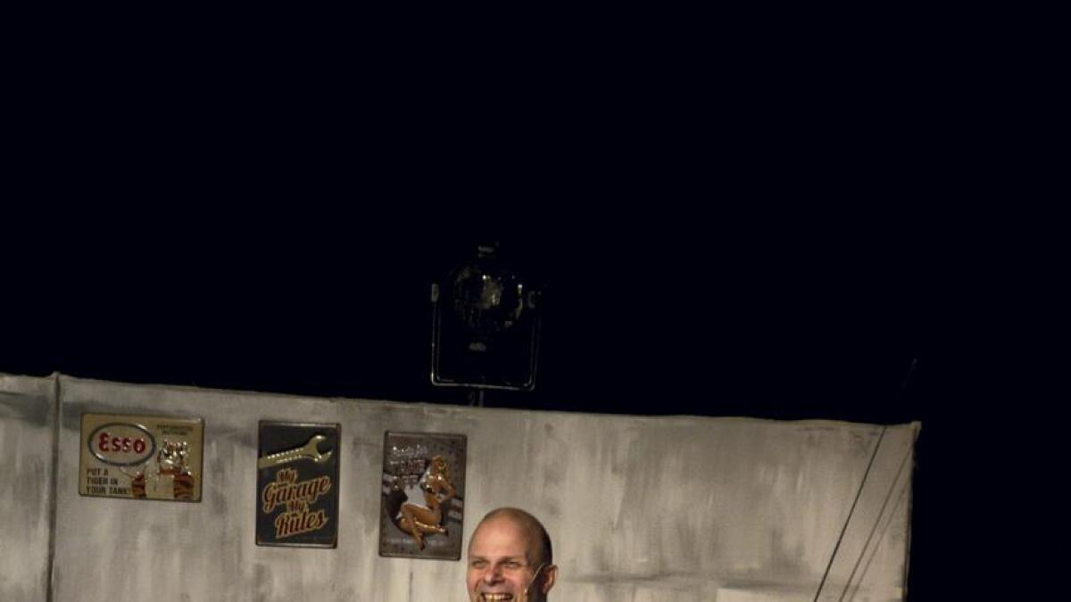 Teater i Glåmdal inviterer til en sorgmunter forestilling.