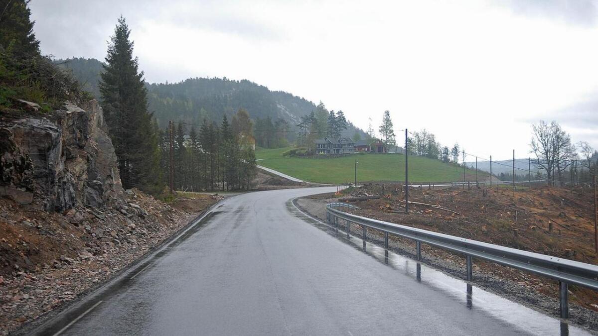 Fredag blir den 6,9 lange fylkesvegstrekninga mellom Hovland og Lislevatn lengst aust i Evje og Hornnes kommune offisielt opna.