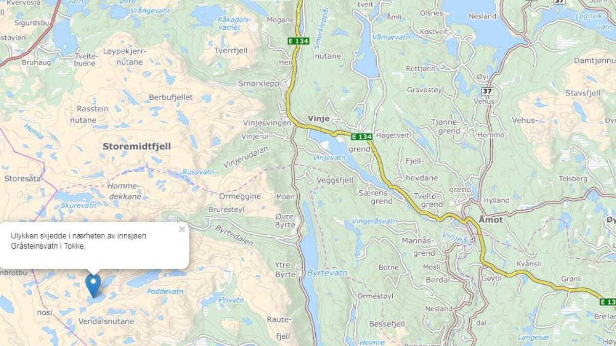 Ulykken fant sted ved innsjøen Gråsteinsvatn i Tokke.