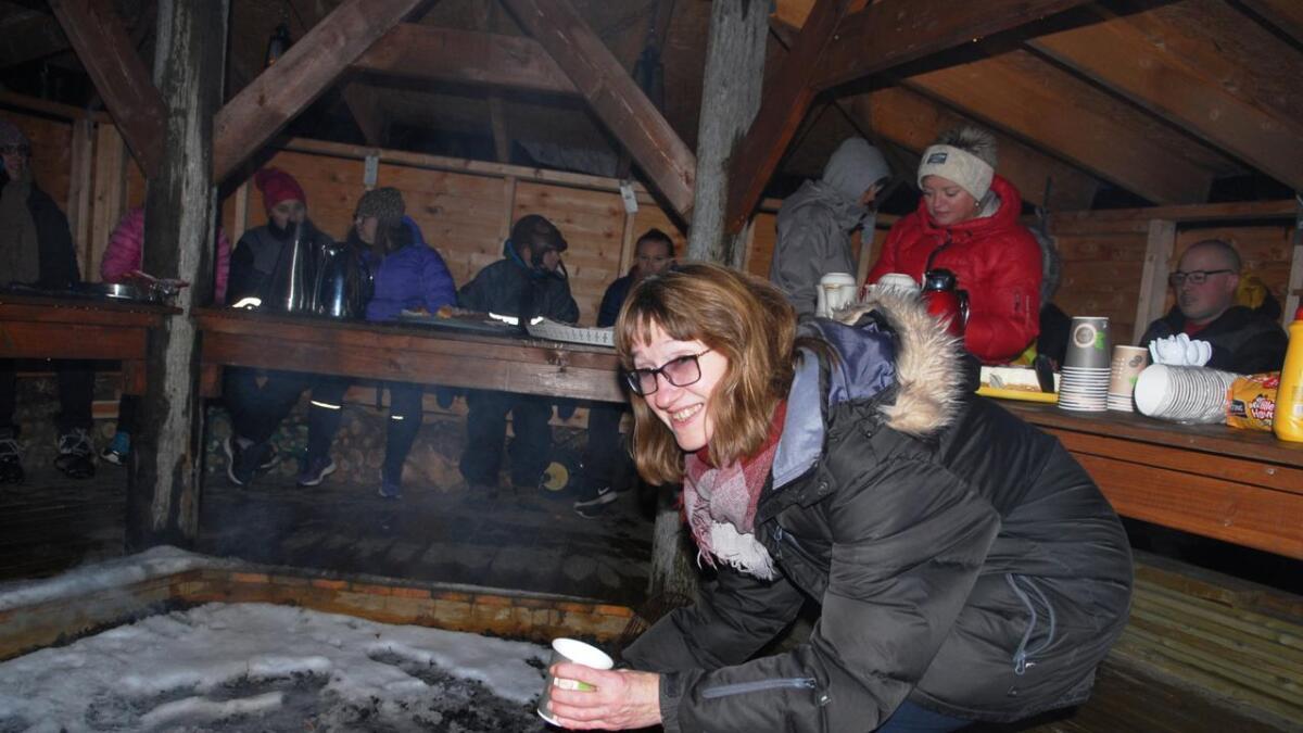 Noe varmt i koppen, også for Marni, som det ble gjort ekstra stas på under åpninga.