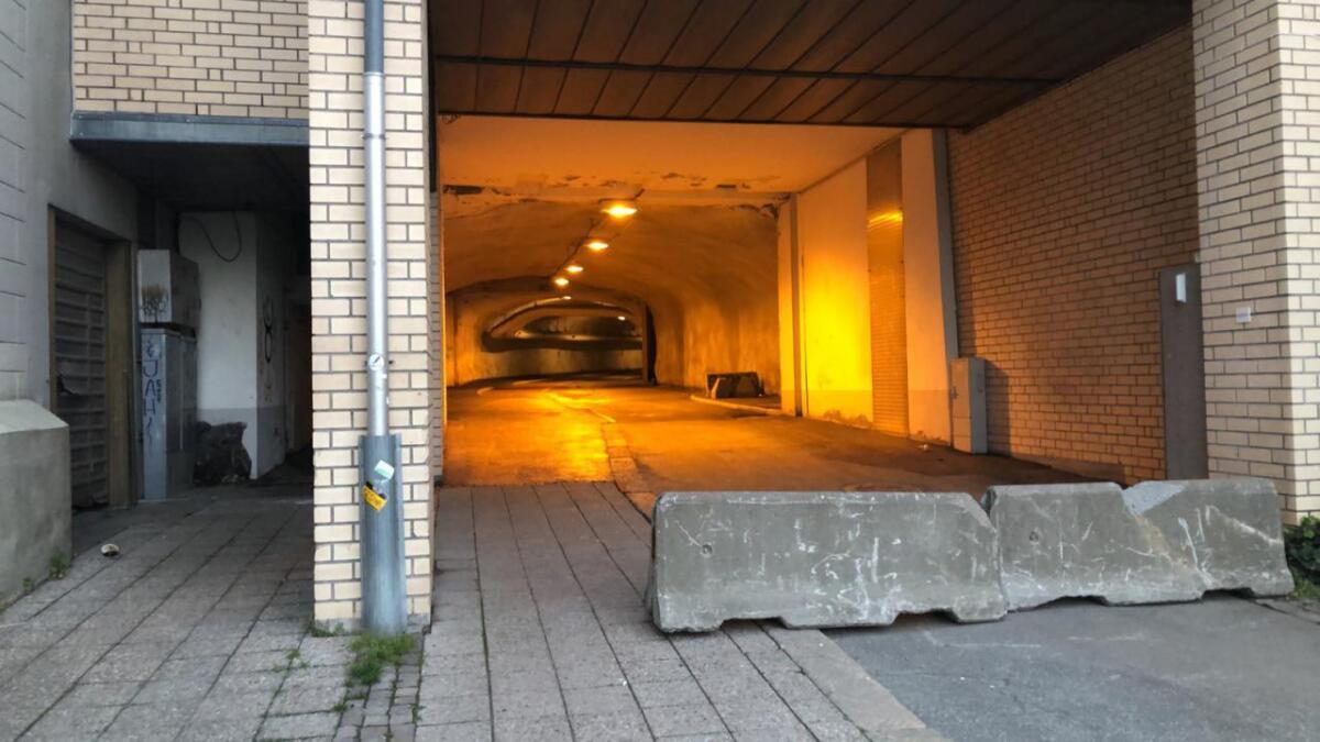 Tunnelen fra Barbu til Torvet blir stengt fra og med 20. mai.