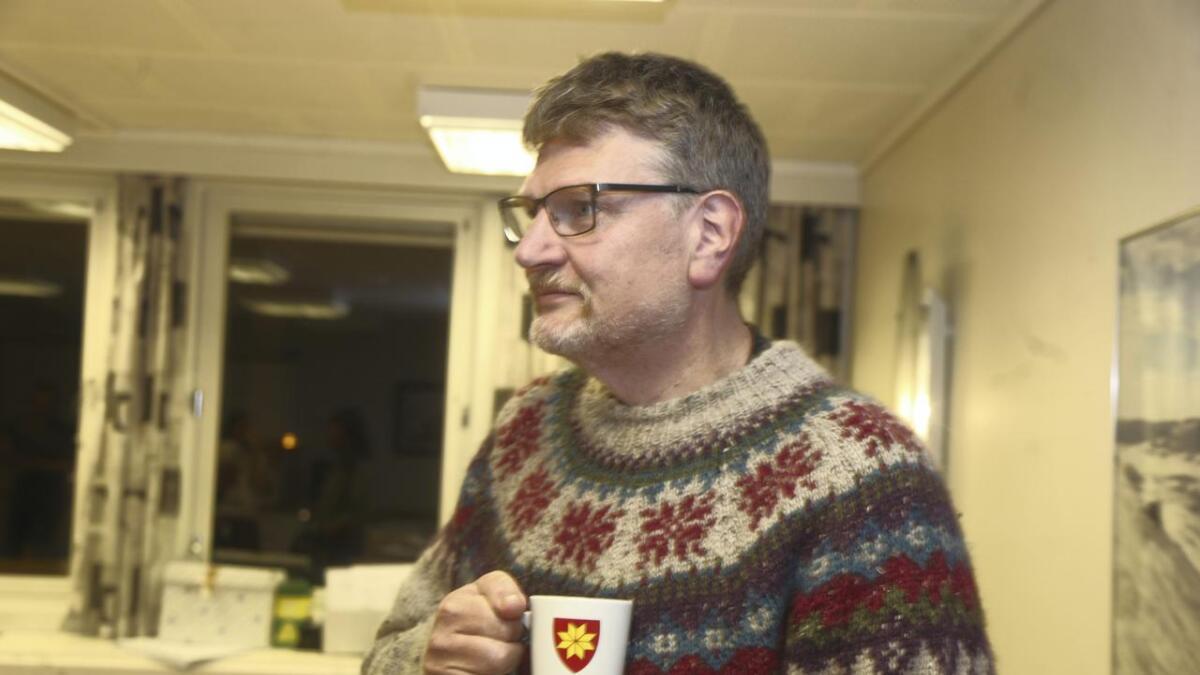 Jens Olav Holven registrerer at Sp ser ut til å vera valvinnaren i Ulvik.