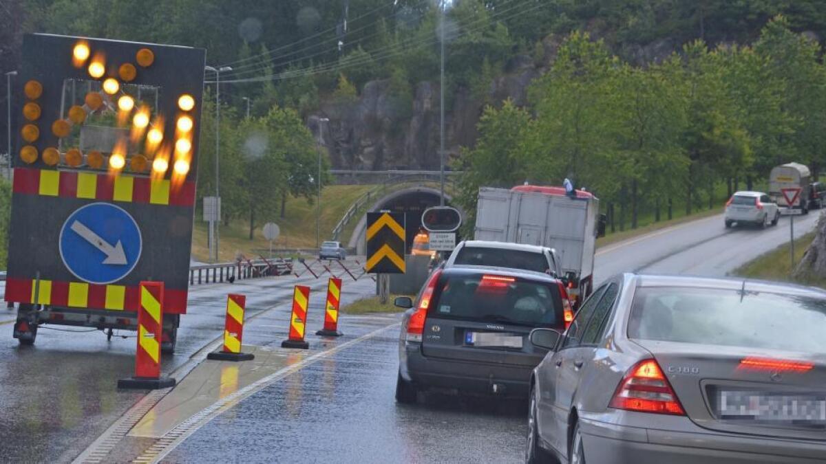 Grimstadporten på E18 mellom Arendal og Grimstad stenges igjen natt til onsdag denne uken.