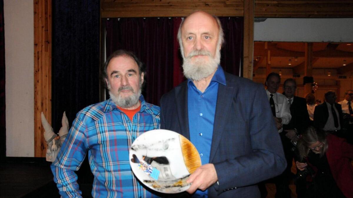 Kjell og Jan Kristoffersen fikk frivilligprisen for 2019.