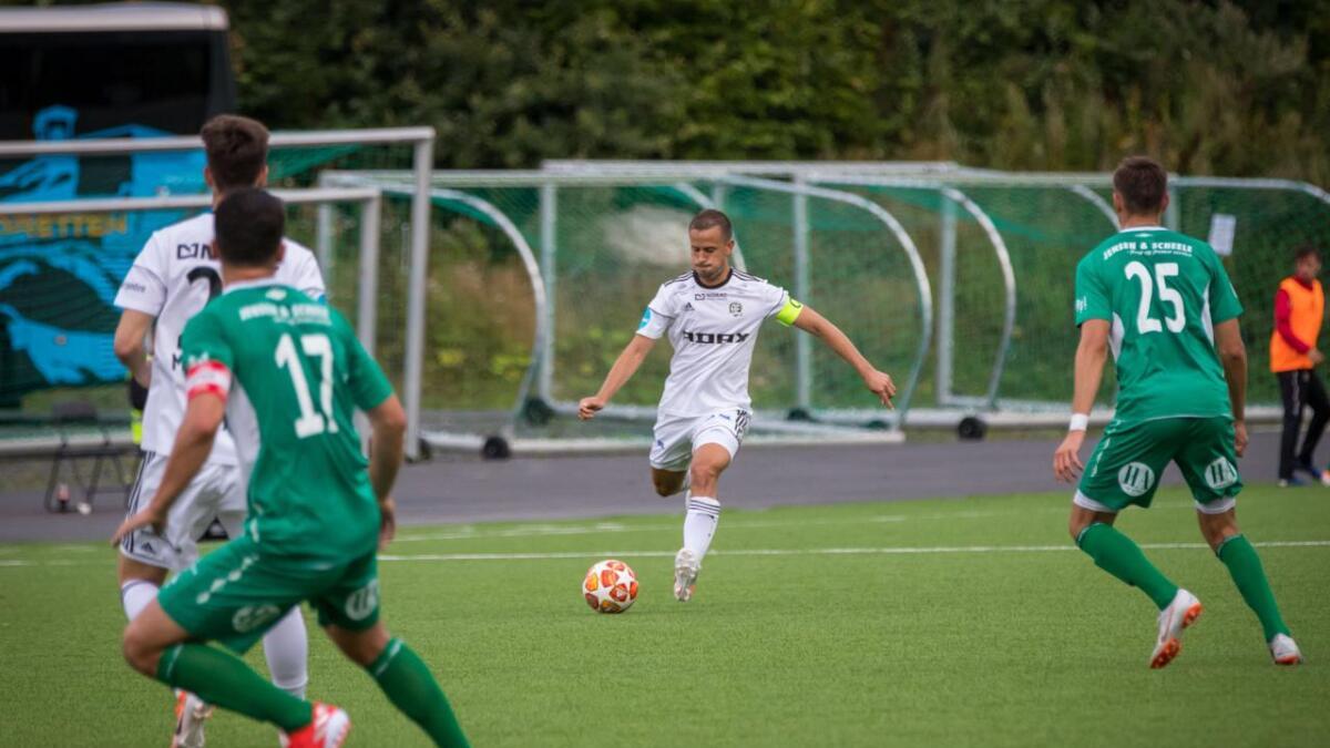 Dejan Corovic har vært blant de beste spillerne i Arendal Fotball denne sesongen.