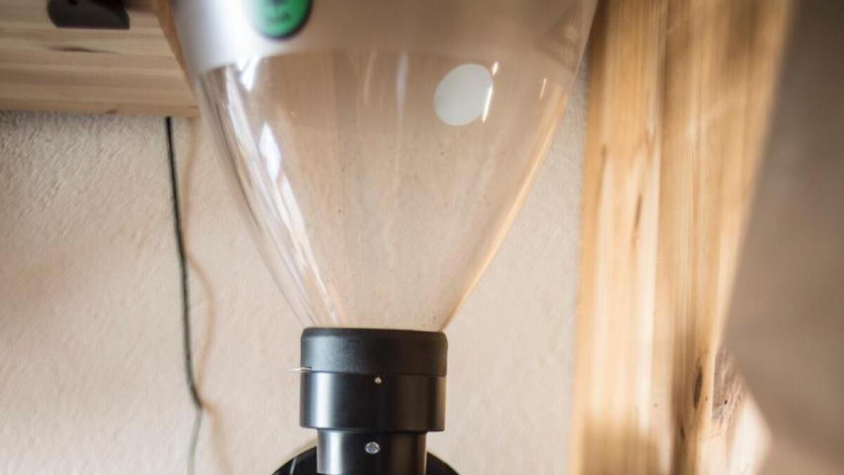 Ulike bryggemetodar har varierande kontakttid med varmt vatn. Kor fint ein kvernar kaffien justerer kor mykje smak som trekkjast ut av kaffibønna.