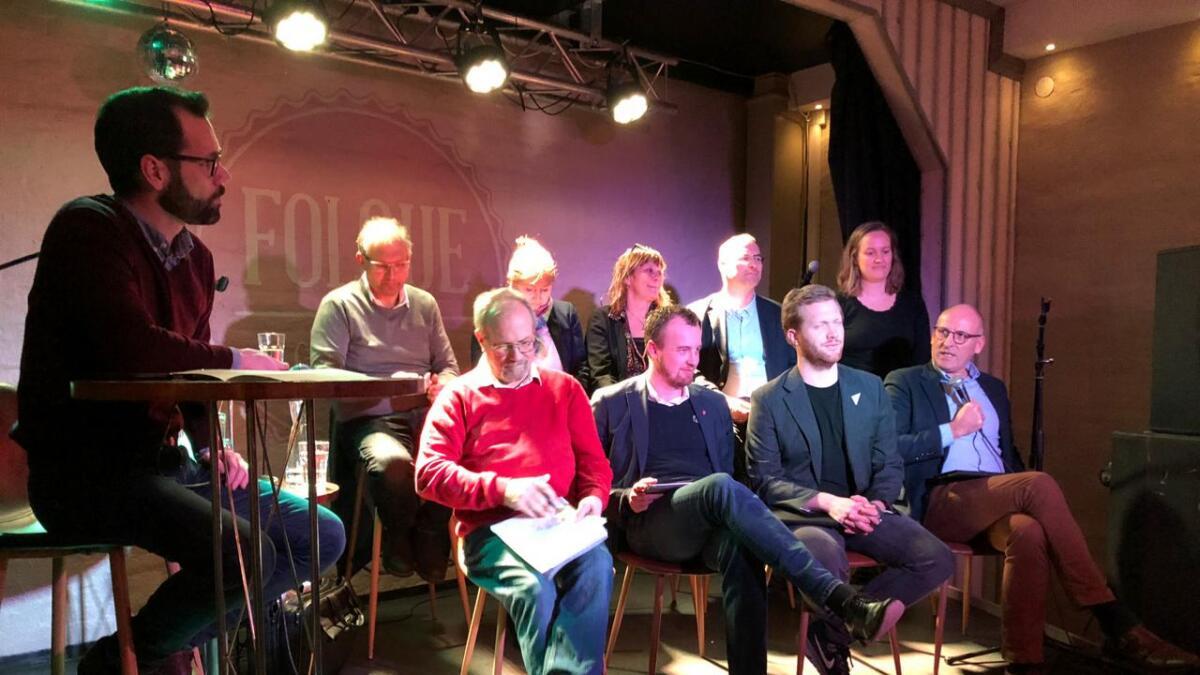 De fleste av toppkandidatene for det nye fylket, kommer fra Telemark. Nå kan du høre hele debatten som gikk foran publikum på Folque kafe i Skien.