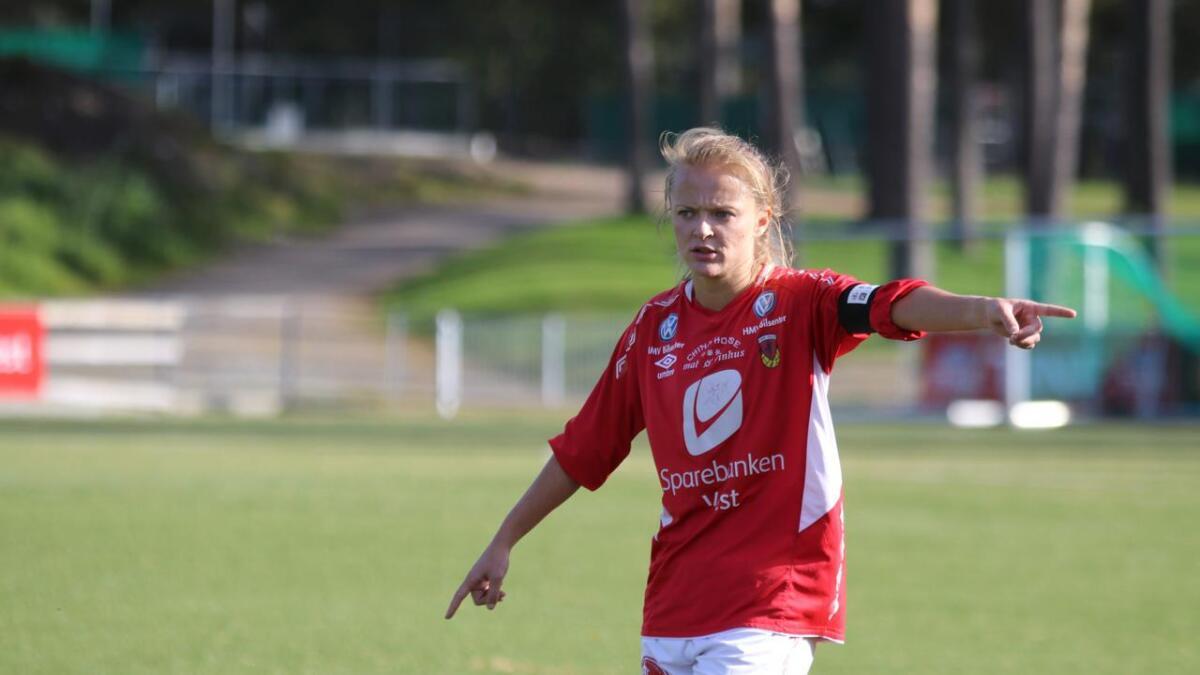 Sanna Skulstad Dregelid, kaptein for Fbk Voss, er mellom dei nominerte til årets spelar i 2. divisjonsavdelinga.