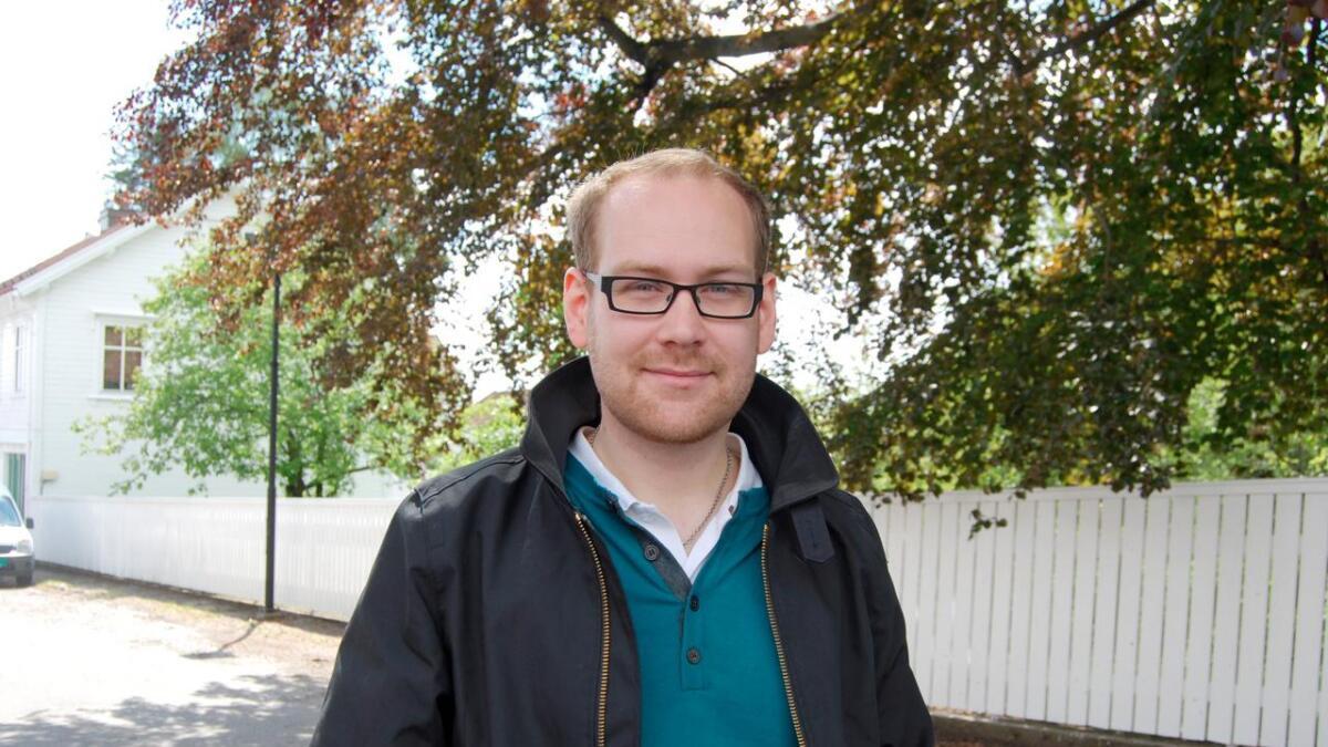 Andreas Brovig vil jobbe aktivt for å oppheve forbudet mot tigging og at Lillesand skal ha en raus flyktningpolitikk, men sier det er uaktuelt å bryte samarbeidet med Høyre og Frp dersom partiet taper avstemningene.