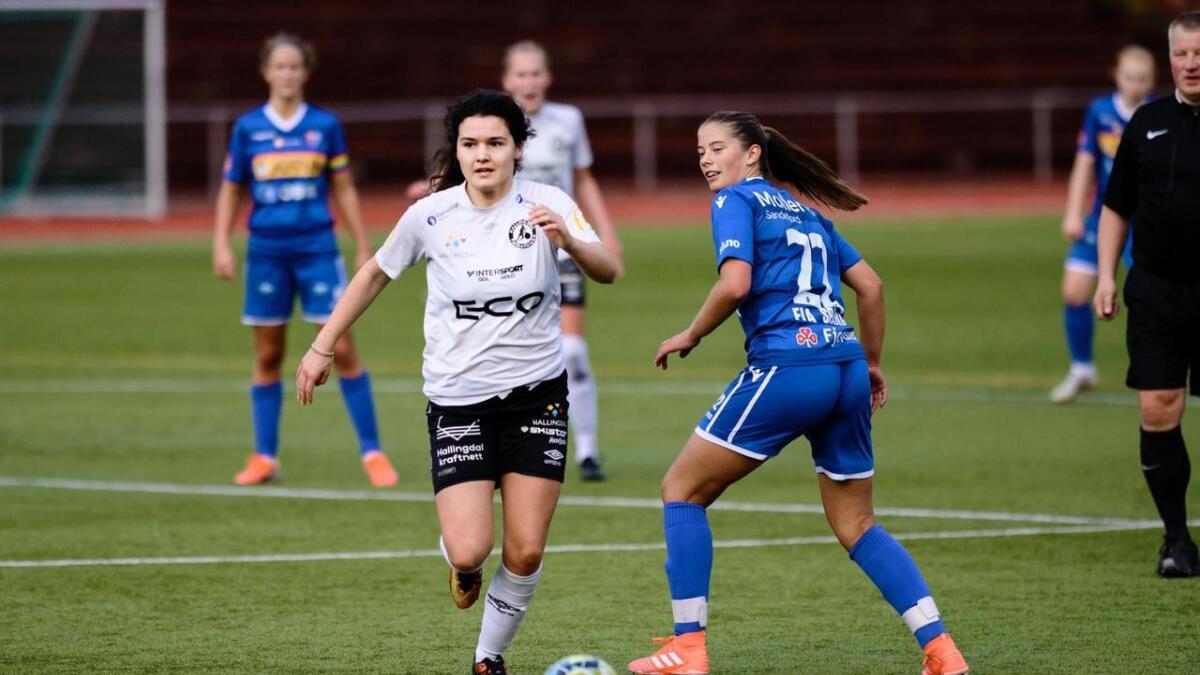 Kristine Hille-Bekkestad scora alle tre måla for HFK i siste seriekamp.