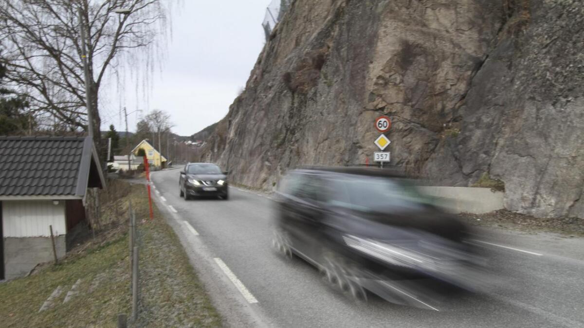 Skotfoss lokalutvalg mener at å vente med størstedelen av strekningen Grøtsund – Vadrettet til neste fase i Bypakka betyr sju til åtte år før en kan se tiltak. Det er altfor lenge å vente, heter det i vedtaket.