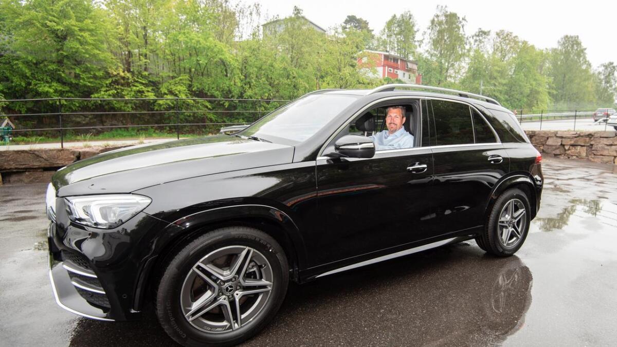 Øystein Ottersland hos Agder Bil har gledet seg til å få på plass denne GLE 300 d i butikken.
