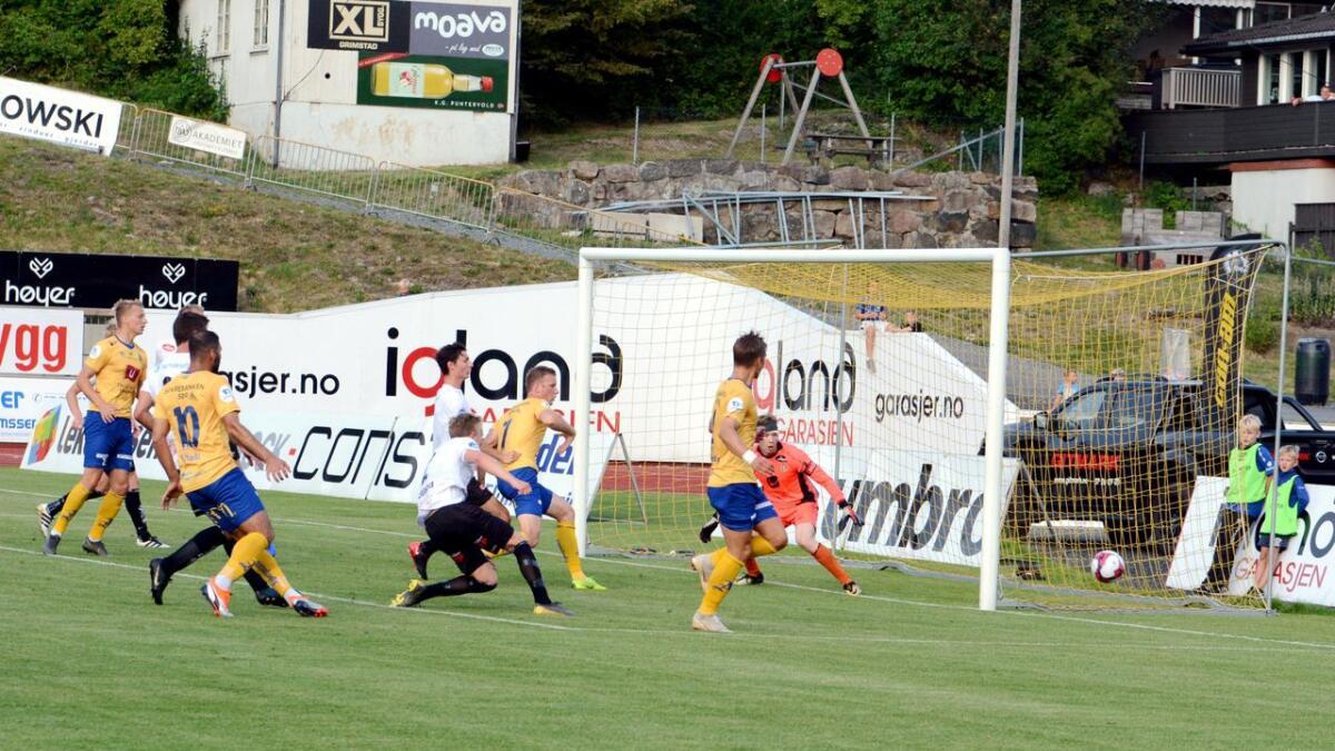 Jerv tok imot Sogndal hjemme på Levermyr og det ble en tøff kamp.