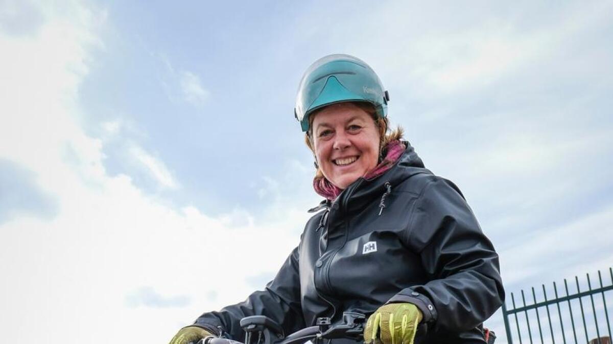 Hulda Tronstad, seniorrådgjevar for elektrisk mobilitet i Norsk elbilforeining, er ikkje overraska over eksplosjonen av vintersyklistar i Noreg. – Det trur eg me i stor grad kan takka elsyklane for, seier ho.