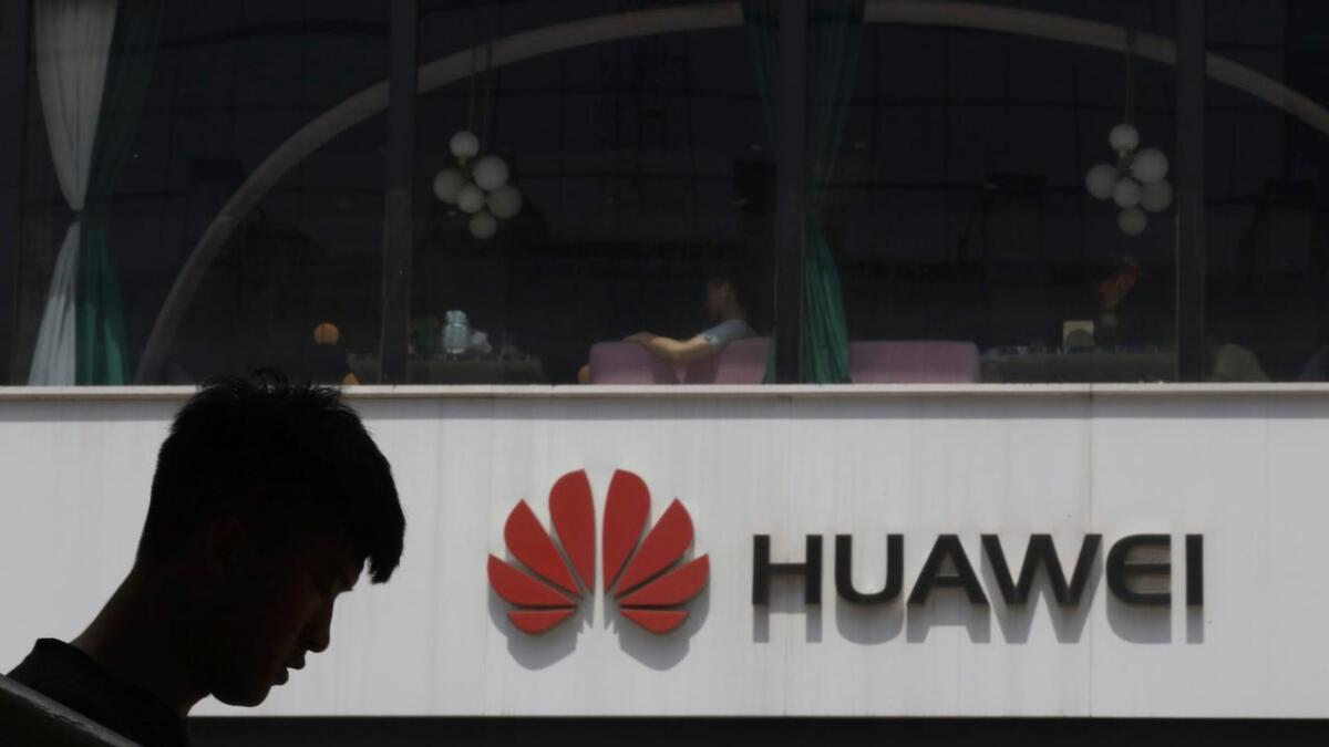 Den kinesiske telegiganten Huawei rammes hardt av det amerikanske handelsforbudet som USA innførte mandag. Dermed er også teknologi blitt et våpen i handelskrigen mellom de to landene.