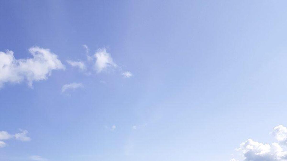En sprøyterobot er en del av den klimasmarte satsingen til Hvam videregående skole.