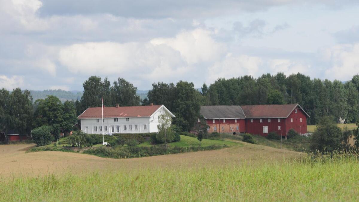 Koppang landbruks- og næringsmegling bekrefter at Vormnes gård nå er solgt.
