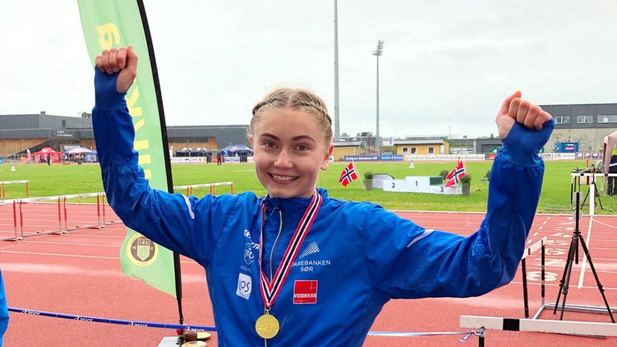 Madelen Haaheim Sveinungsen hoppet til topps i Ungdomsmesterskapet i friidrett på Jessheim.