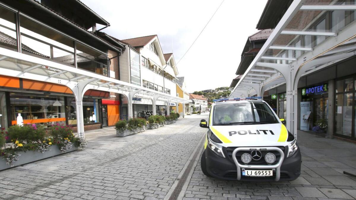 Anne Lyssand ved Os lensmannskontor synest det er positivt at det har vore lite hendingar for politiet natt til sundag etter utestadane stengte. (Illustrasjonsfoto)