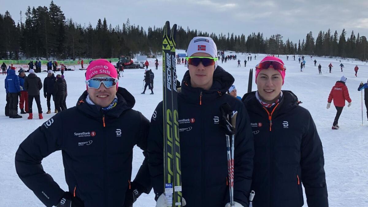 August Nordeng (f.v.), Mikkel Arntsen og Sondre Halvor Lange (alle Sortland og omegn skiklubb) møtte deler av verdenseliten under sesongåpningen i Finland 15.-17. november.