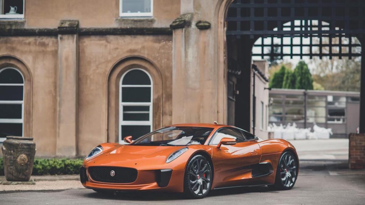 Her er ein ekte James Bond-bil, og han er til sals.