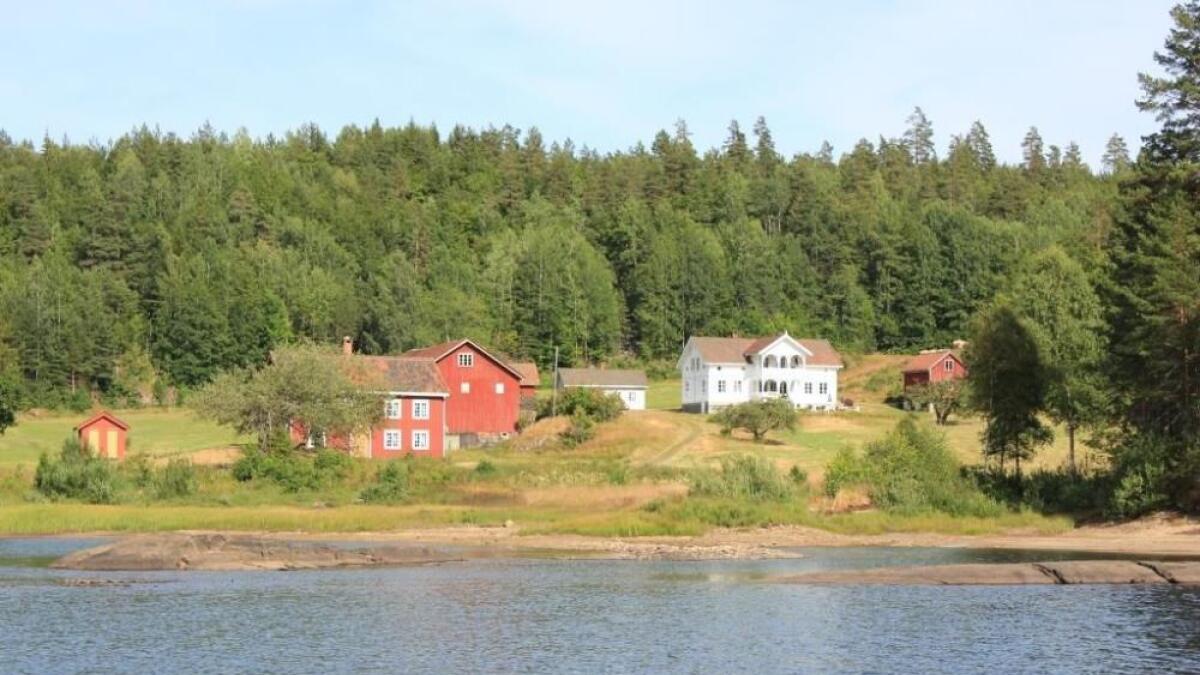 Gården årets deltakere skal være forpaktere for heter Lundereid, og ligger i Kragerø kommune.