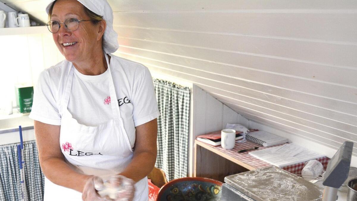 Det er hektiske dagar for Gro Hommo på Lega gardsysteri og bakeri på Raundalen i Øyfjell. I helga fekk familieverksemda nye bevis på at dei lagar norsk lokalmat i særklasse.