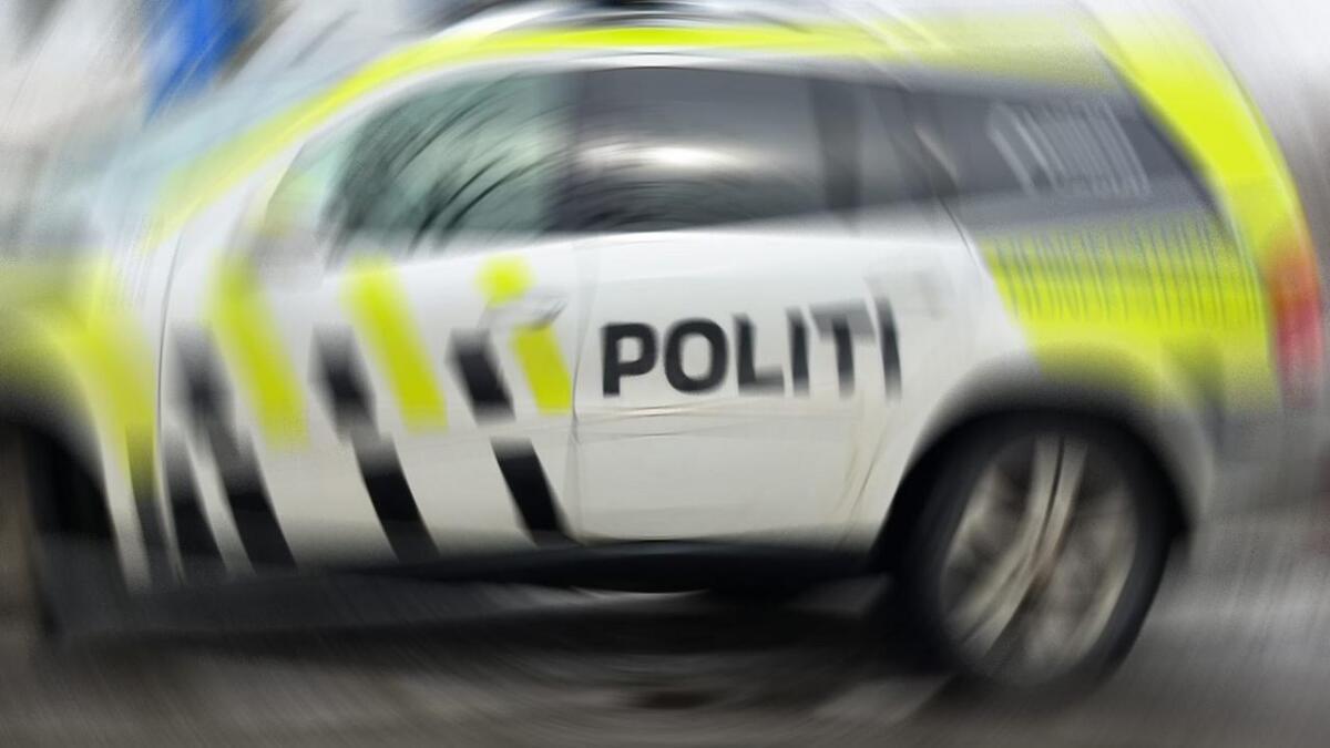 Politiet rykket ut til en utforkjøring på Neskollen lørdag kveld.