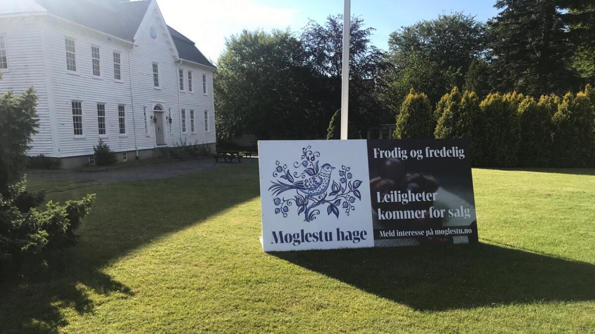 Fylkeskommunen varsler at boligprosjektet «Møglestu hage» vil bli påklagd. Det er opp til fylkesutvalget å avgjøre om kommunens tillatelse blir stående eller om den skal bringes inn for fylkesmannen for behandling.