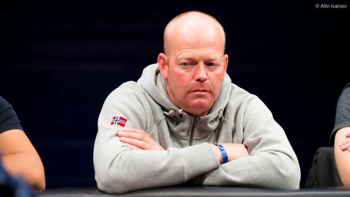 Varaordfører Nils Olav Hovde er norgesmester i poker og fikk en gevinst på 355 100 kroner.