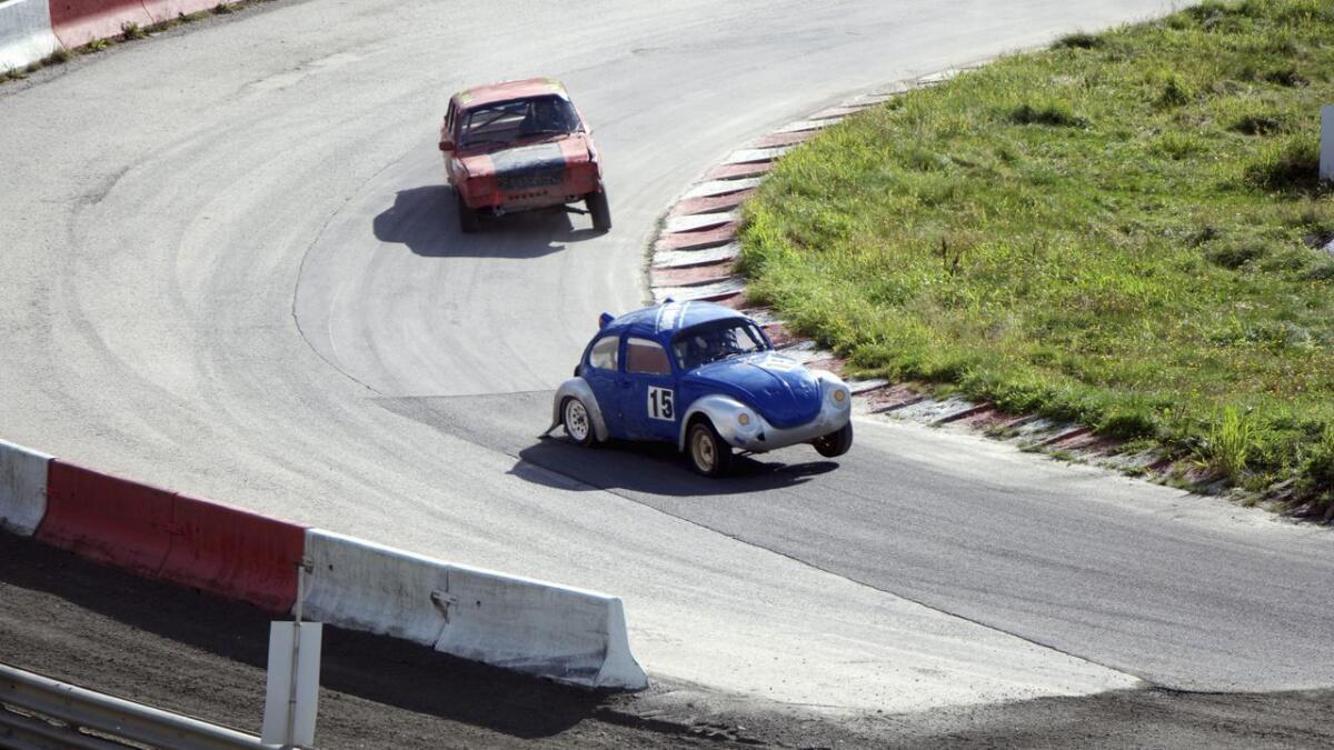 Som regelverket krev vart suksessbobla selt etter helgas opptur i Vikedal. Oliver A. Matre har enno ein bil og vurderer å stilla oppi klubbmeisterskapen i Vikedal. Elles er sesongen no over.