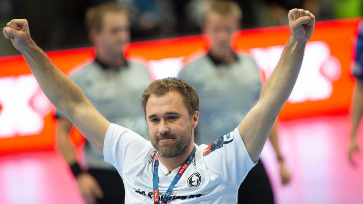 Elverum-trener Michael Apelgren kunne igjen juble for en ny sluttspillsfinale. Her fra en tidligere kamp.