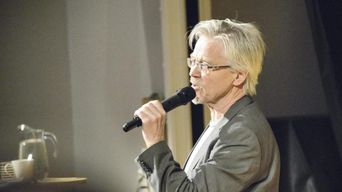 Tidlegare språdirektør Sylfest Lomheim.